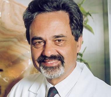 Univ.-Prof. Dr. Heinz Pflüger