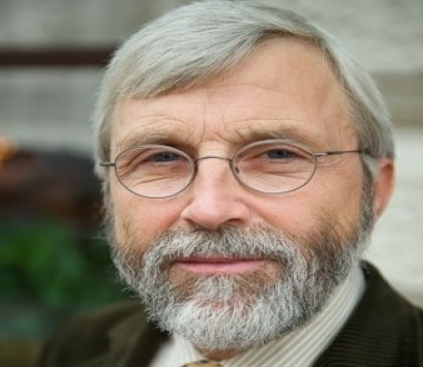 Univ.-Prof. Ferdinand Muehlbacher, MD